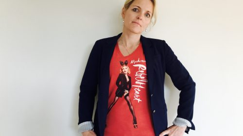 Forbrugerne adblocker dig, men de vil bære din logo t-shirt
